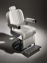 Fauteuil de barbier en simili cuir / en métal chromé / piètement central / avec repose-tête