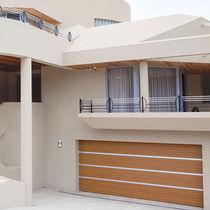 Portes de garage sectionnelles / en bois / en acier / automatiques