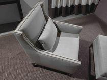 Fauteuil contemporain / en cuir / gris