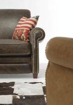 Canapé classique / en cuir / 2 places / avec accoudoirs
