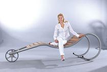 Chaise longue contemporaine / en bois / en acier inoxydable / pour espace public