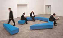 Banc public / contemporain / en béton / modulaire