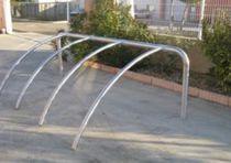 Appui-vélo au sol / en inox / pour espace public