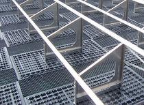 Système de montage pour toiture végétalisée / pour toit plat / pour applications photovoltaïques
