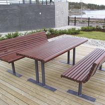 Table classique / en pin / en acier / rectangulaire