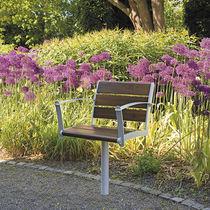 Chaise de jardin contemporaine / avec accoudoirs / en métal / en bois