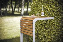 Table design scandinave / en bois / carrée / d'extérieur