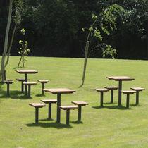Table de pique-nique contemporaine / en bois / en métal / pour espace public