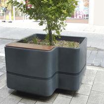Jardinière en bois / en polyéthylène / contemporaine / pour espace public