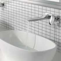 Mitigeur pour vasque / mural / en métal chromé / 2 trous