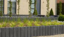 Bordure de jardin / en pierre / verticale