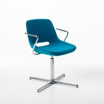 Chaise visiteur contemporaine / avec accoudoirs / tapissée / luge