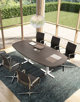 Table de réunion contemporaine / en bois