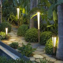 Torche de jardin au sol