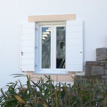 Fenêtre battante / en bois