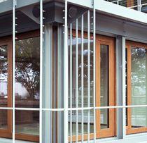 Baie vitrée coulissante / en bois / à double vitrage / de sécurité