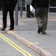 Bordure de trottoir / en granite / linéaire