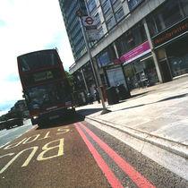 Bordure de quai de bus / de trottoir / en béton / autre formes