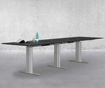 Table de conférence contemporaine / en stratifié / en acier / rectangulaire