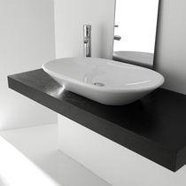 Vasque à poser / ovale / en céramique / contemporaine