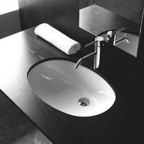 Vasque à encastrer / ovale / en céramique / contemporaine