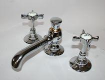 Mélangeur pour vasque / à poser / en métal / de salle de bain