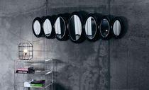 Miroir mural / design original / ovale / en plastique