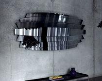 Miroir mural / design original / en métal