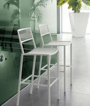 Chaise de bar contemporaine / empilable / en aluminium / d'extérieur