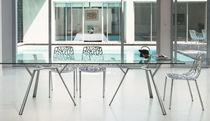 Table à manger contemporaine / en verre / en fonte d'aluminium / rectangulaire