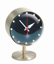 Horloge contemporaine / analogique / de table / en laiton