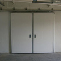 Porte industrielle coulissante / en métal / automatique / double vantaux
