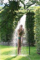 Douche de jardin en fer galvanisé