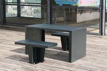 Ensemble table et chaises contemporain / en acier / d'extérieur / pour espace public