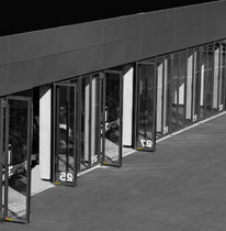 Porte industrielle pliante / en acier galvanisé