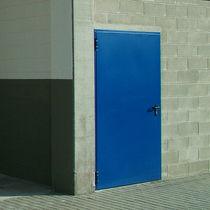 Porte d'entrée / battante / en métal / de sécurité