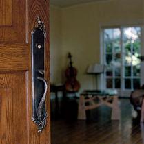 Poignée de porte / en bronze / classique / avec serrure intégrée