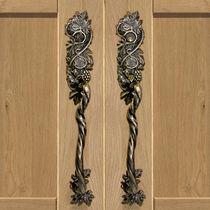 Poignée de tirage pour porte / en bronze / classique / avec serrure intégrée