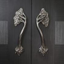 Poignée de porte / en bronze / classique