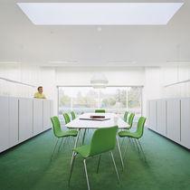 Table de réunion contemporaine / en chêne / en stratifié / en métal chromé