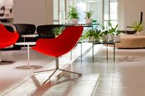 Chaise visiteur contemporaine / tapissée / pivotante / en tissu