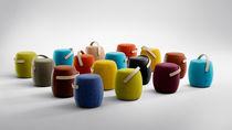 Tabouret contemporain / en bois / en cuir / professionnel