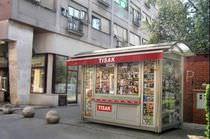 Kiosque à journaux / en inox / pour espace public