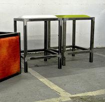 Tabouret contemporain / en cuir / en tissu / en acier