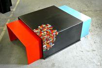 Table basse contemporaine / en acier / carrée / sur mesure