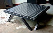 Table basse contemporaine / en bois / en acier / carrée