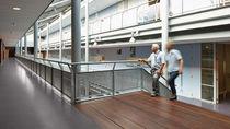 Revêtement de sol en vinyle / professionnel / ciré / aspect bois