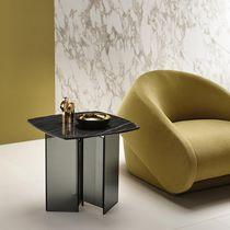 Table d'appoint contemporaine / en verre / en marbre / en céramique