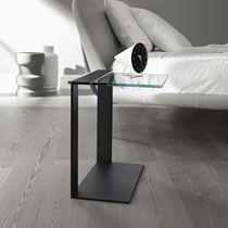 Table d'appoint contemporaine / en verre fumé / en métal chromé / rectangulaire