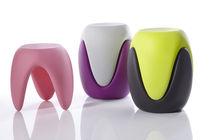 Tabouret design organique / en plastique / empilable / par Karim Rashid